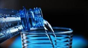 Supersano ha optat per retirar l'aigua embotellada dels seus establiments