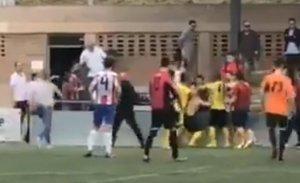 Batalla campal entre l'At. C. Sant Pol i el Young Talent Badalona Sud Assoc. Esp.