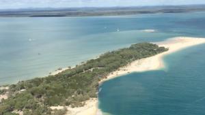 Imatge de la platja que s'ha vist afectada per l'enorme forat