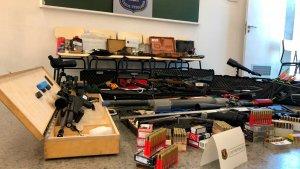 L'home detingut a Terrassa tenia un arsenal d'armes de guerra a casa.