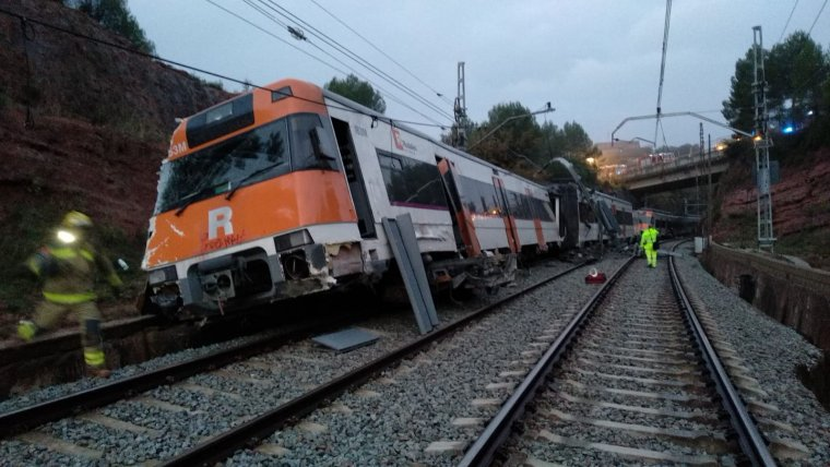 Imatge del tren que ha descarrilat