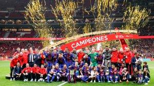 Els jugadors del primer equip del Barça han rebut un iPhone 7 per Nadal