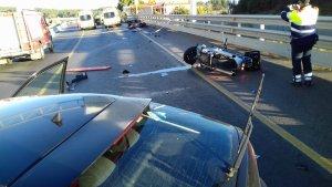 Imatge de l'estat dels vehicles implicats en l'accident a l'N-II