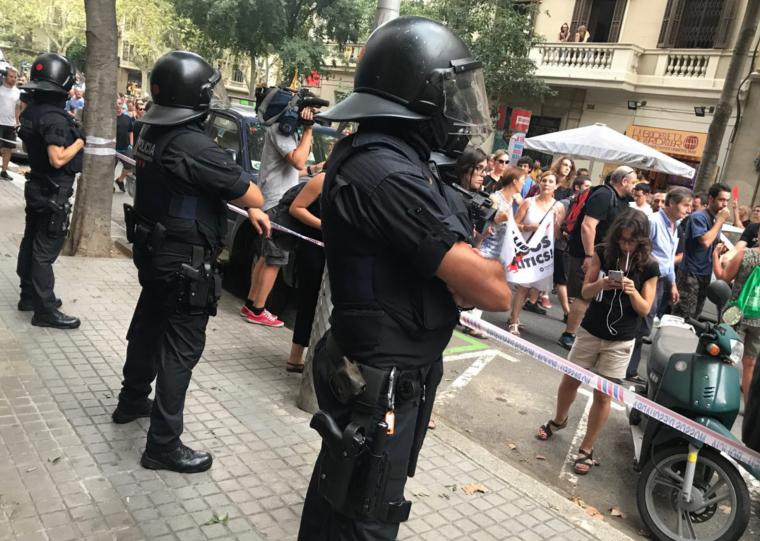 Agents de la BRIMO dels Mossos en una protesta dels CDR, a Barcelona.