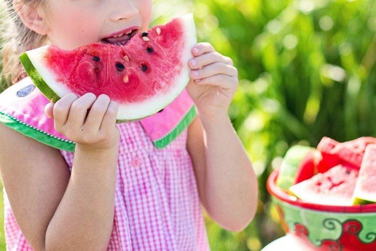 Aquestes deu idees t'ajudaran a fer que els nens segueixin una dieta equilibrada