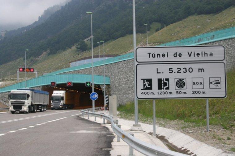 Radar per tram situat al túnel de Vielha