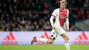 De Jong en un partit amb l'Ajax