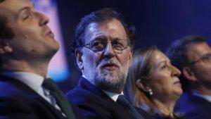 El PSOE acusa Rajoy de viatjar amb «càrregues extres de vi i whisky» quan era president