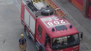 Fins al lloc de l'incendi s'han desplaçat cinc dotacions dels Bombers