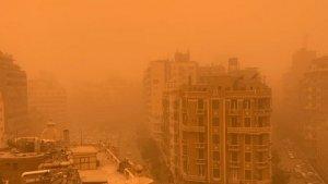 Imatge de la forta tempesta de sorra al Caire