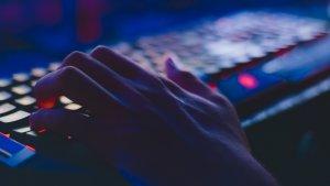 Una bretxa informàtica fa públics més de 700 milions de correus electrònics i 20 milions de contrasenyes