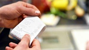 Vés amb compte si guardes el tiquets de la compra, contenen productes molt perillosos per a la salut