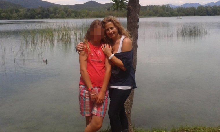 Carme, amb la seva filla, a Banyoles fa un parell d'anys.
