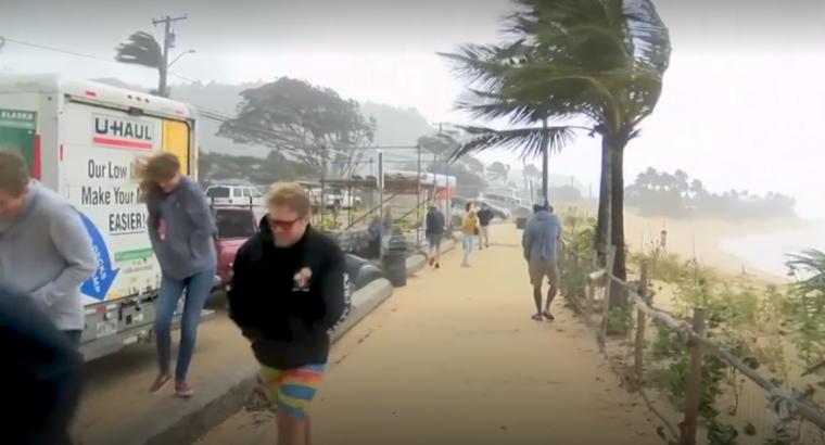 El fort temporal està castigant durament Hawaii