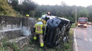 Un mort i dos ferits en una sortida de via a la GI-633, al Baix Empordà