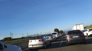 Ara per ara les retencions formen cues de fins a 13 quilòmetres des de Vilafranca