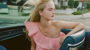 El vestit rosa de Zara que està a punt d'exhaurir-se