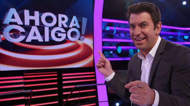 Arturo Valls no va dubtar ni un segon en ballar 'twerking' per felicitar a una fan del programa