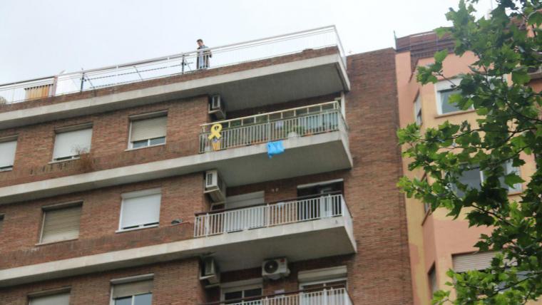 Imatge del pis de l'home assassinat a tirs a Barcelona