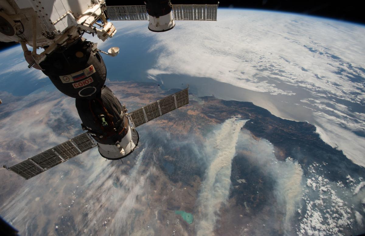 El fum dels greus incendis de Califòrnia també van ser percebuts des de fora de la Terra