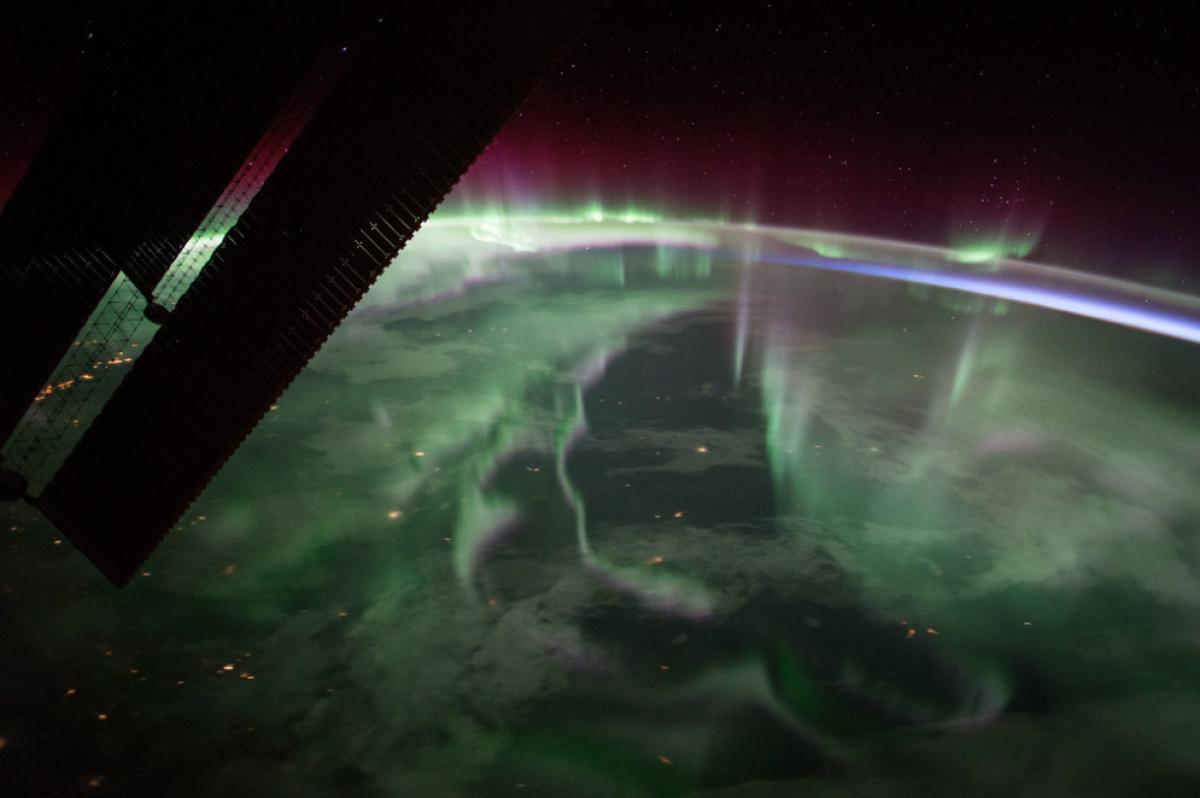 Les aurores boreals vistes des de l'espai