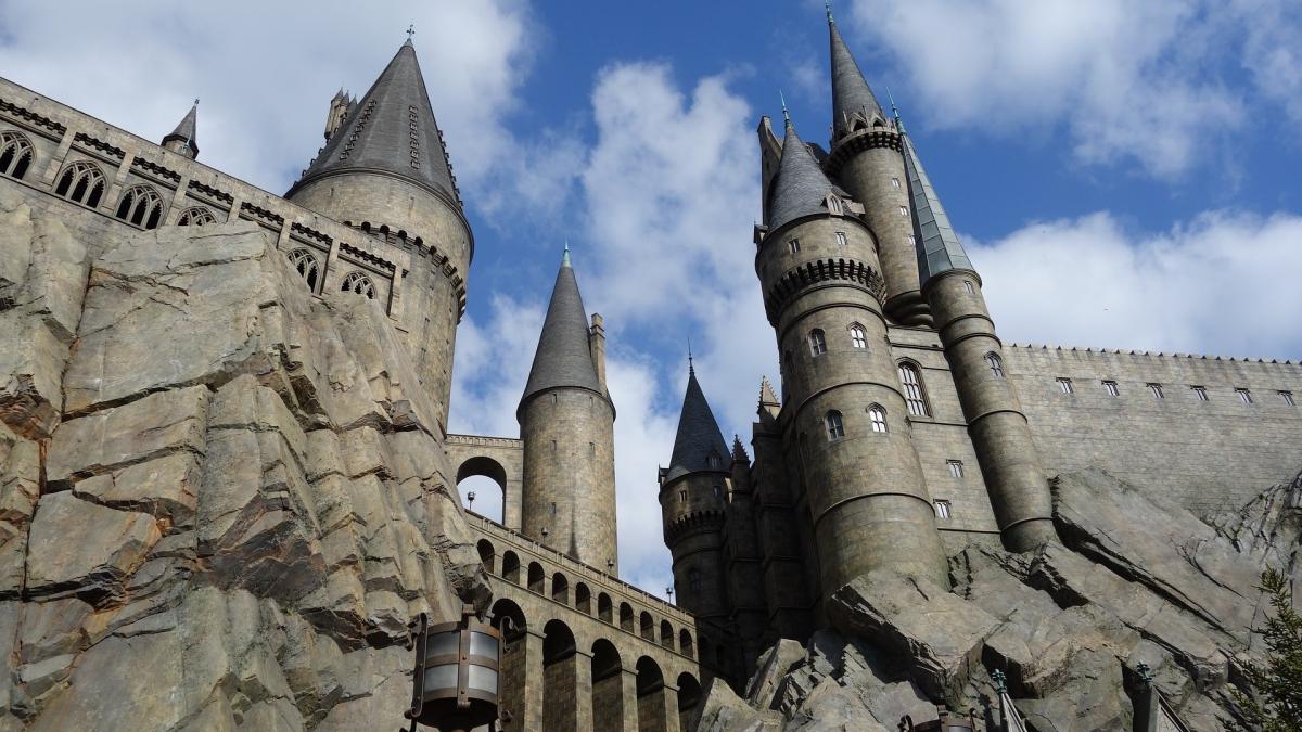 El Rector de la UPC es disfressa de Harry Potter per acomiadar el curs universitari