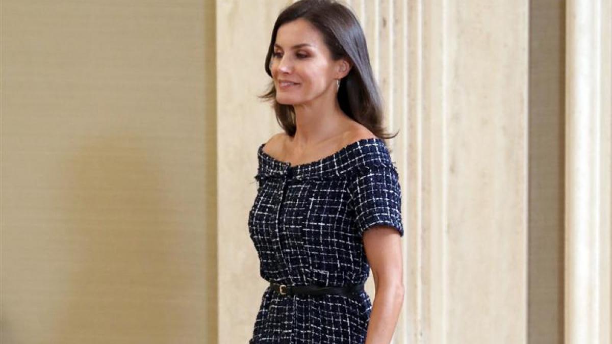 La reina Letícia va lluir un vestit de Zara de 19,99 euros