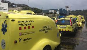 Al lloc dels fets s'hi han desplaçat 11 ambulàncies del SEM i 6 dotacions de Bombers