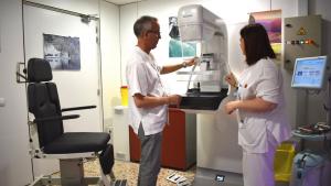 Els hospitals Trueta i Santa Caterina incorporen mamògrafs digitals amb tecnologia 3D