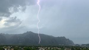 Les tempestes d'aquesta tarda han anat acompanyades de molts llamps i trons