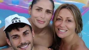 Rosa López va gaudir d'un dia a la piscina acompanyada de Vero