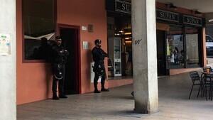 Imatges del registre de la Guàrdia Civil a Cerdanyola del Vallès
