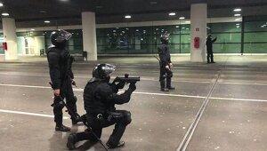 Imatge dels Mossos disparant
