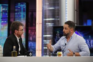 Pablo Motos entrevistant el líder de VOX, Santiago Abascal