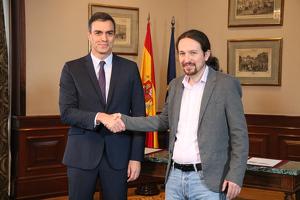 Pedro Sánchez i Pablo Iglesias, després de conformar l'acord per la governabilitat d'Espanya