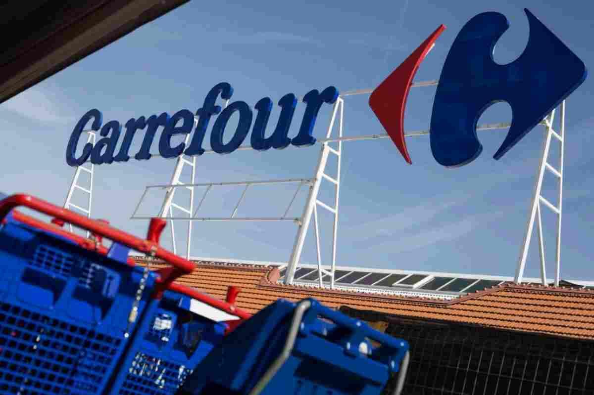 Logo de la cadena de supermercats Carrefour