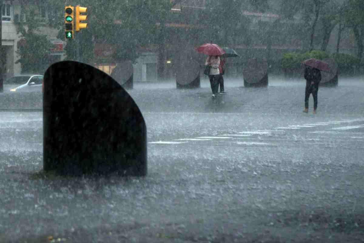 Imatge d'un dia de pluja intensa a Barcelona