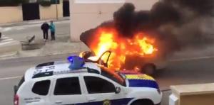 Cotxe en flames cocentaina