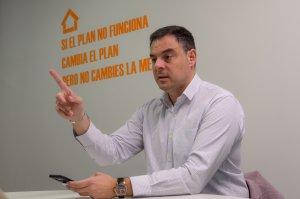 Juan Carlos Sanjuán, en las oficinas de Casual Hoteles