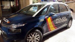 La Policia Nacional deté a un jove per simular haver sigut víctima d'un robatori per cobrar el segur