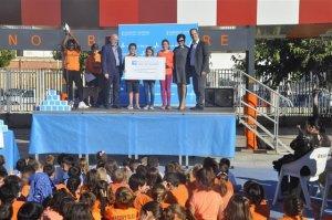 El centre hospitalari guardonarà l'escola guanyadora amb 2.000€ per a material esportiu