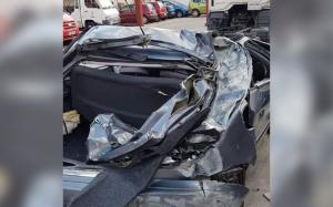 Imatge del cotxe després de l'accident
