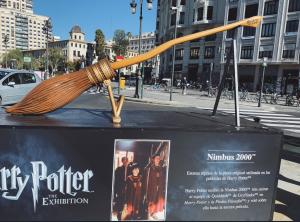 La Nimbus de Harry Potter en la Plaça de Bous
