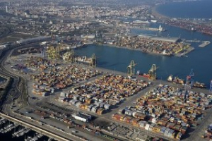 Reobert El Port de València al trànsit marítim