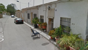 El lloc a on s'ha produït l'accident, en el carrer de Rafael Altamira de Novelda