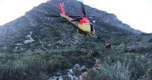 L'helicòpter que participà en l'operatiu de busca