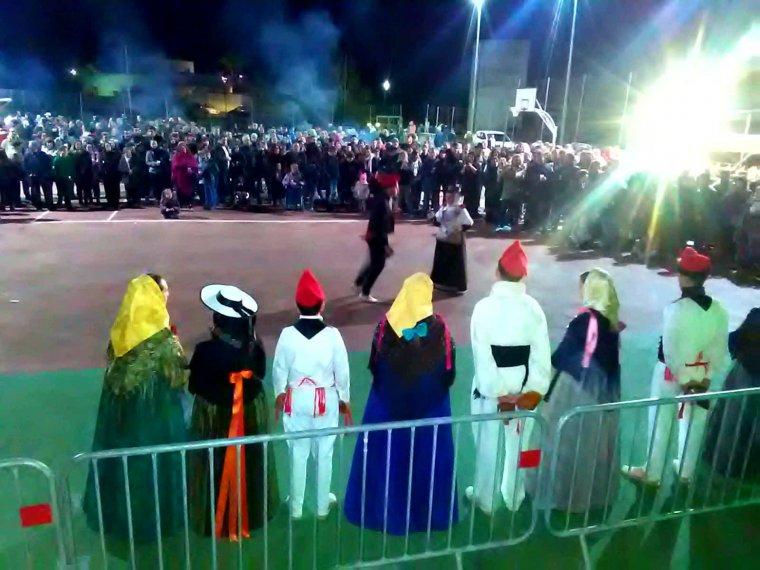 No hi ha festa a Eivissa que no dediqui una estona al ball pagès, que continua ben viu