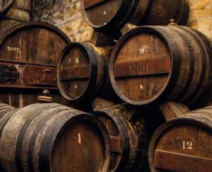 L'història de Bodegas Suau s'endinsa en el segle XIX però no ha deixat de produir brandy des de llavors