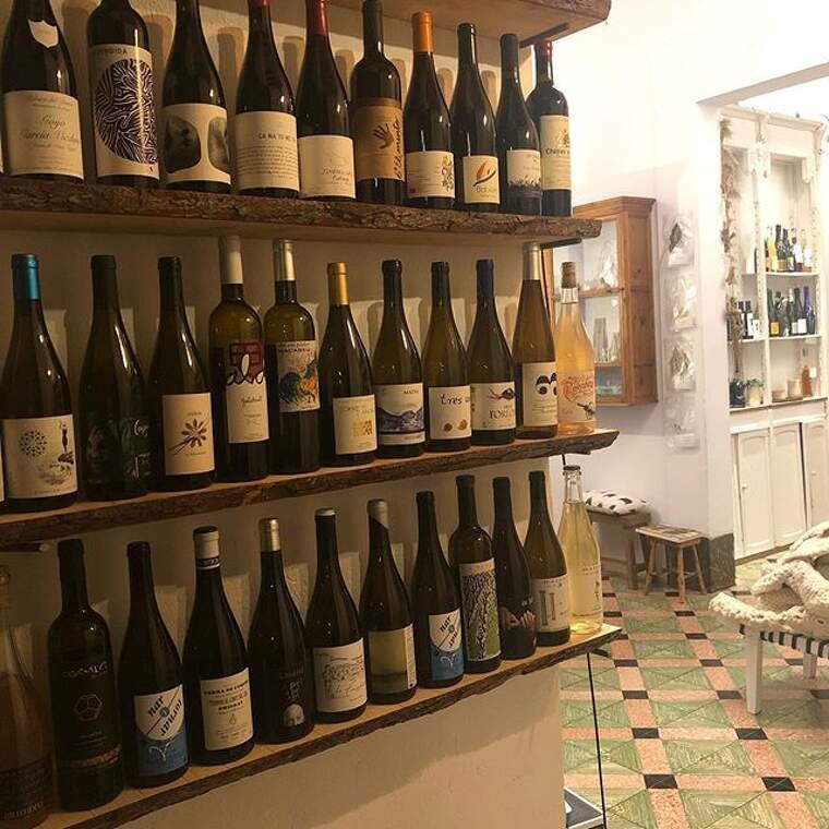 Ca na Toneta de moment serà botiga de vins