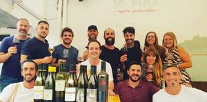 Els Catavins d'Eivissa durant el tast de vins mallorquins